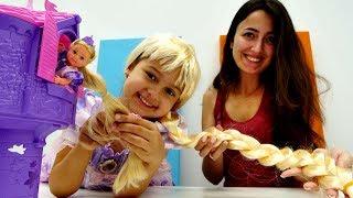 Disney Rapunzel oyuncak açılımı. Prenses olma oyunu Video