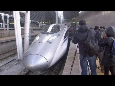 China claims high-speed train record