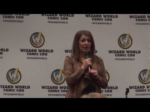 Marina Sirtis at Wizard World Minneapolis 2017
