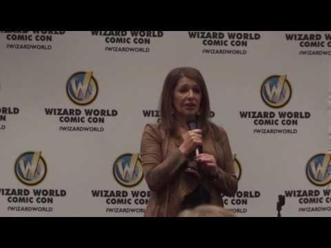 Marina Sirtis at Wizard World Minneapolis 2017