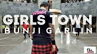 GIRLS TOWN by BUNJI GARLIN | Zumba | Soca | TML Crew | Kramer Pastrana