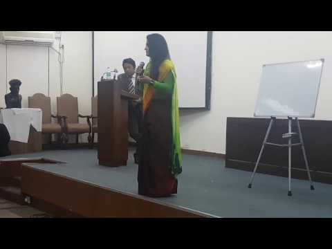 Amway Diamonds Anurag and Nidhi Aggarwal Teaching in Delhi Team Meeting