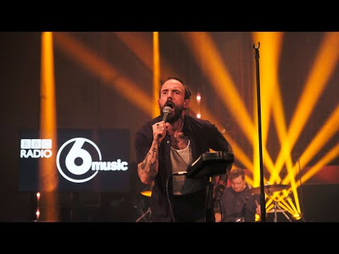 IDLES - War (6 Music Live Session in the Radio Theatre)