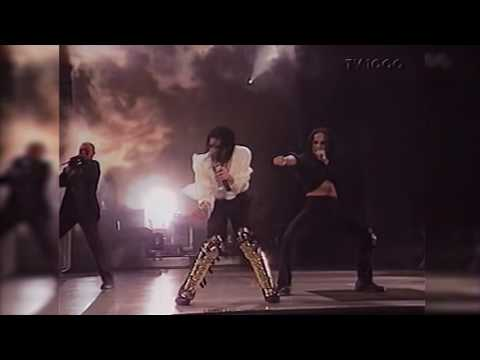 Michael Jackson - Black Or White - Live...