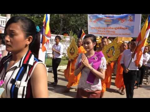 Lễ Kathina chùa Veluvana RuSeySrok xã Phong Phú, Cầu Kè, Trà Vinh