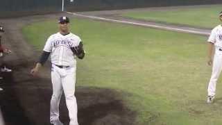 武蔵ヒートベアーズ デロスサントス投手のブルペン投球