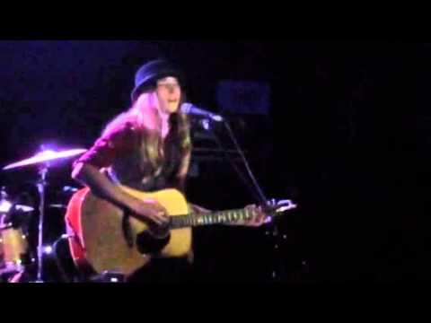 Sawyer Fredericks singing Four Pockets