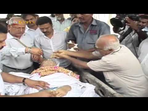 A K Hangal's Funeral