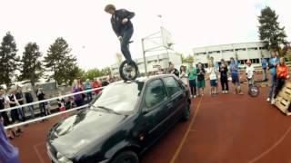 Самый высокий в мире прыжок на моноцикле
