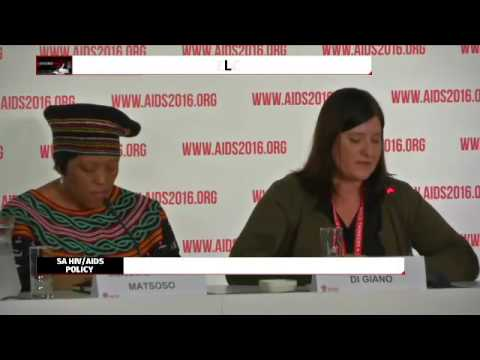 Delegates address media at International Aids conference in Durban