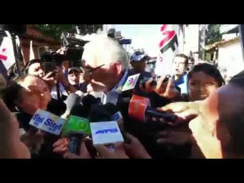 [VIDEO] Activistas del 21F increpan a Mesa y le exigen unidad
