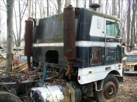 More Semi Truck Junk Yard Pictures 5 Youtube