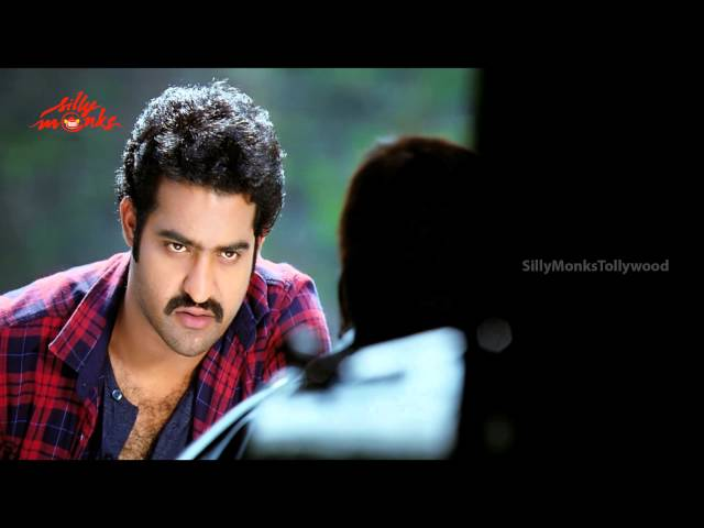Jr.NTR's Punch Dialogue On Stage Vs Movie - Ramayya Vastavayya Movie | Samantha, Srutii Hasan Travel Video