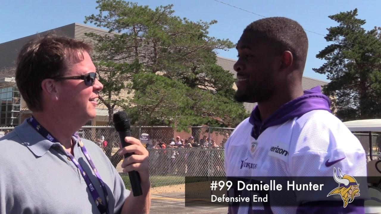 99 Danielle Hunter at Minnesota Vikings Camp 2017 8 4