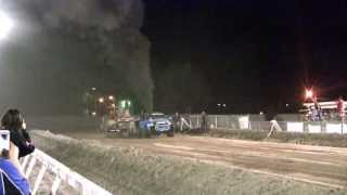 Addicted Diesel Sled pull Elko, Nevada 2013 (Friday night Sled Pull)