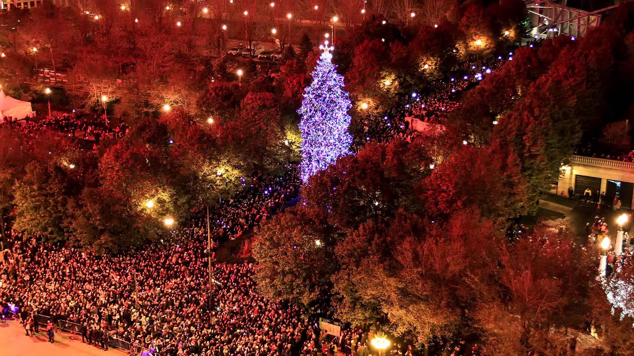 102nd chicago christmas tree lighting time lapse - Christmas Tree In Chicago