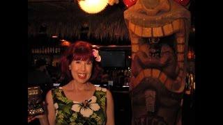 Fabulous Las Vegas! Velveteen Lounge Kitsch-en