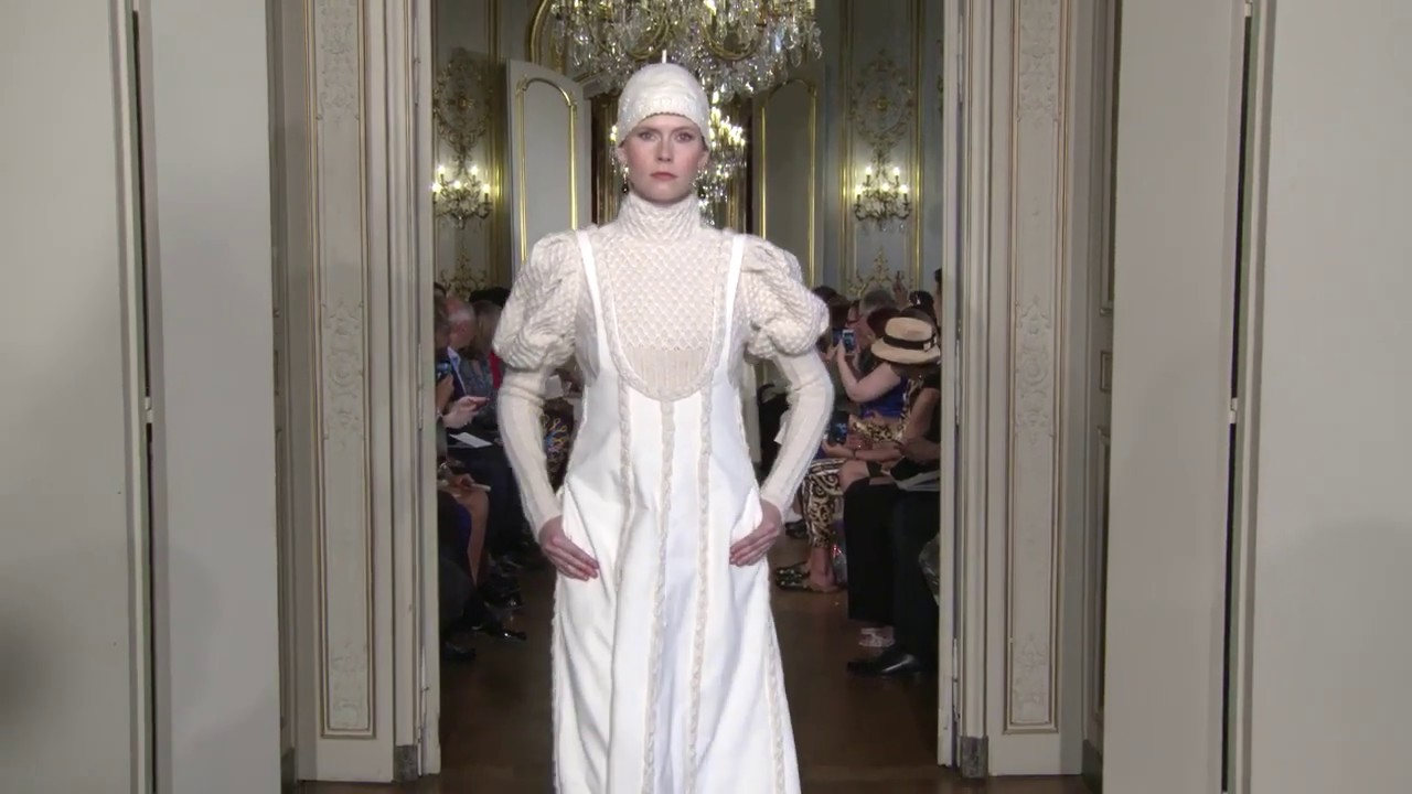 CHRISTOPHE JOSSE couture collection automne hiver / fall winter 2019 2020