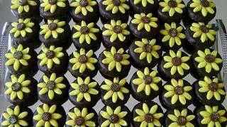 Repeat youtube video Des gâteaux marocain 100/100 de Samia