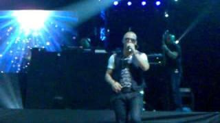 Wisin & Yandel - Estoy Enamorado (Live @ Milano 8/4/2011)