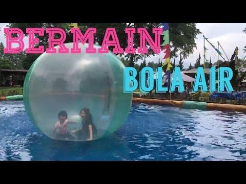 BERMAIN BOLA AIR DI DERANCH BANDUNG | WATER BALL WALK AT DERANCH BANDUNG