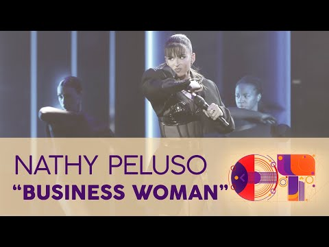"""BUSINESS WOMAN"" - NATHY PELUSO 