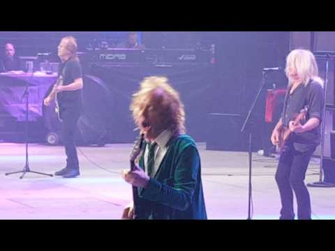 ACDC - Live 9-9-2016 Detroit, - Thunder Struck - Axl Rose