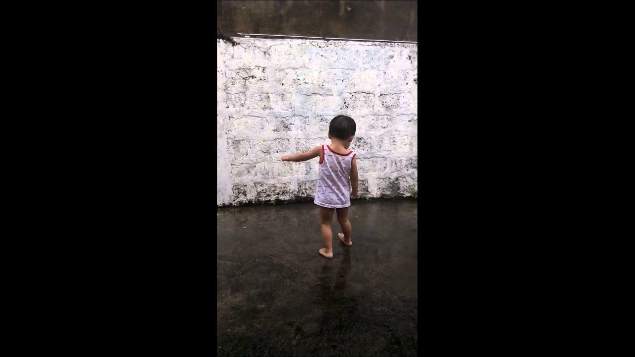 Peeing in the rain