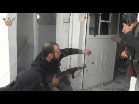 حلب :: غباء قناص الأسد في حي العرقوب 13-11-2012 جـ2