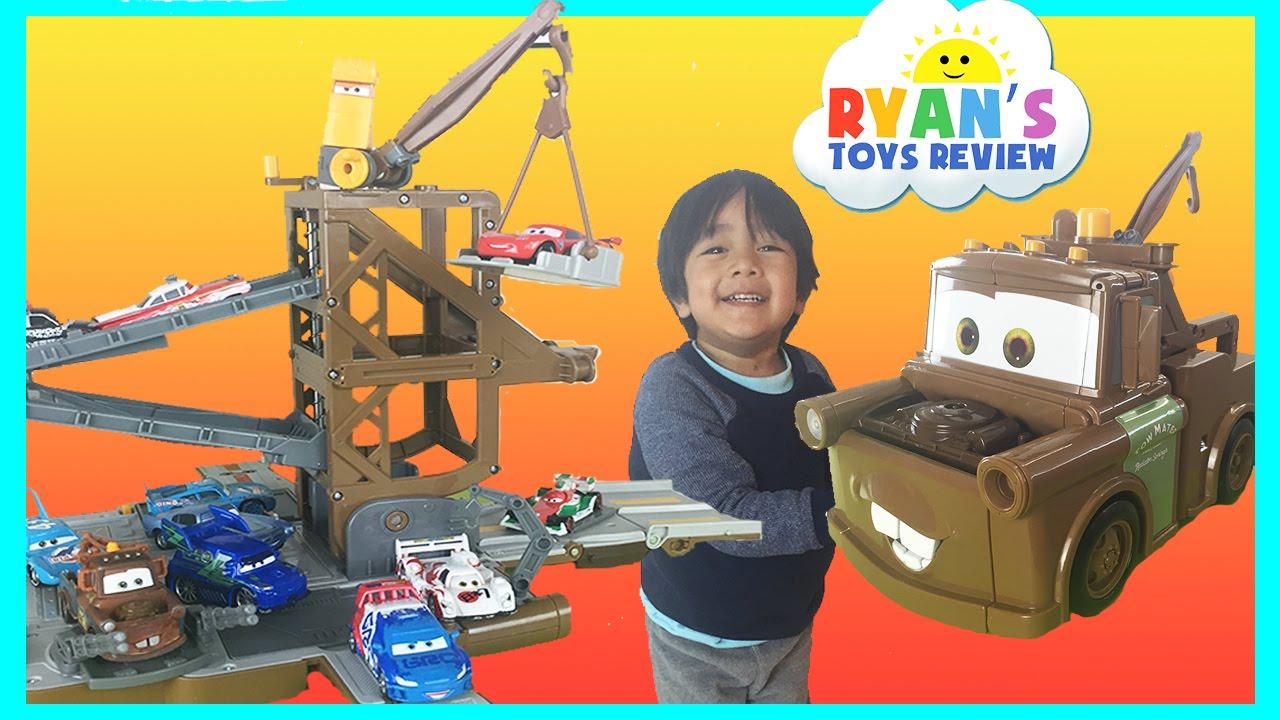 Disney Cars Toys Youtube: Disney Cars Toys Tow Mater Transforming Secret Base