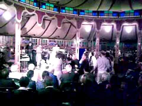 Amazing dancing by Dick at Breda Jazz mp3