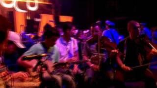 Gorillaz Live at Glastonbury (HD) - White Flag