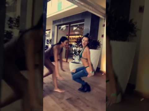 Bella Thorne sexy bikini dancing with her girlfriends