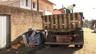 Comcap realiza ação para recolhimento de entulhos pesados na Capital