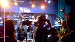 Funkshun @Hawaiian Brians June 2010 015.avi