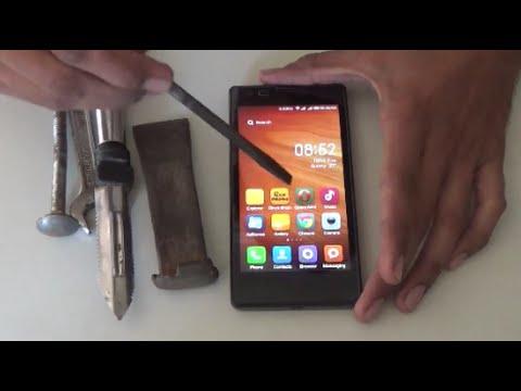 Screen Test in Xiaomi Redmi 1s Scratch and strike testing with Knife & Screwdriver