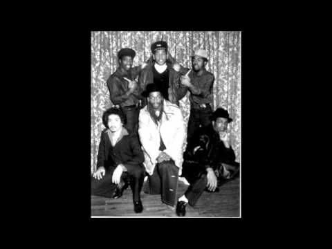 Cold Crush Brothers,Dota Rock & Whipper Whip Live @ South Bronx High School 1979