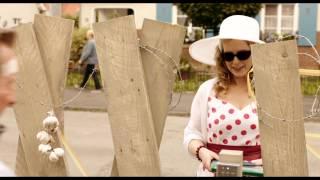 """DIE VAMPIRSCHWESTERN 2 - Fledermäuse im Bauch - Clip """"Schwester Ursula""""- Ab 16.10. im Kino!"""