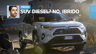 """Nuova Toyota RAV4 ibrida: da guidare è grintosa come """"da fuori""""?"""