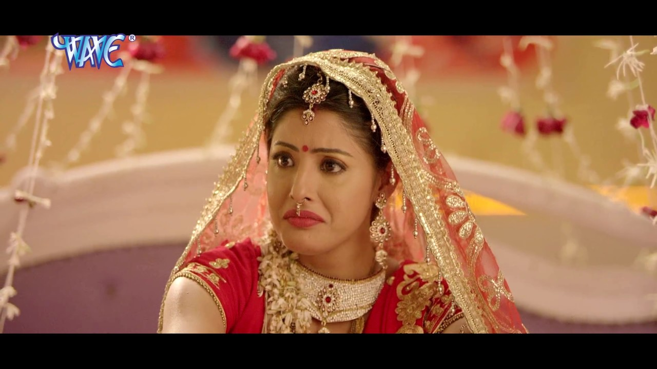 Watch: Dinesh Lal Yadav and Sanchita Banerjee's Bhojpuri song 'Chumma  Chapkauwa Mili Jhulani Hata Ke'