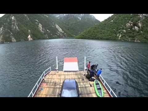 Fähre Komani lake Albanien