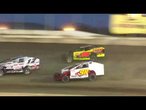 Big Block Modified Feature at Lebanon Valley Speedway on 6/2/18
