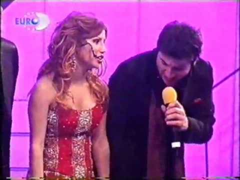 Yonca Evcimik, Seda Sayan Ceylan Nihat Dogan Davut Güloglu Asena 2006 Halay