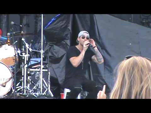 Brett Young -  In Case You Didn't Know @...