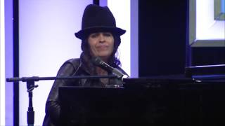 Скачать Linda Perry What S Up LA Impact Awards