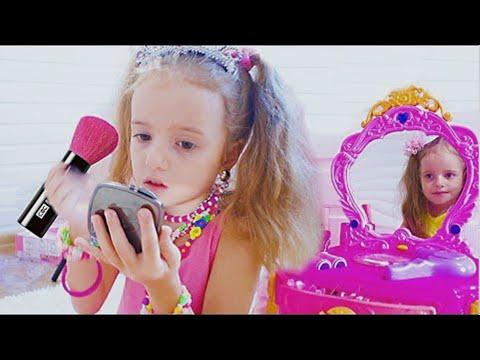 Arina Play Dress up and Make Up Toys