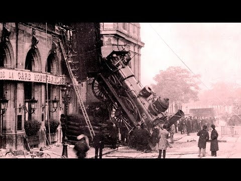 Tragic Train Derailment in Paris (1895)