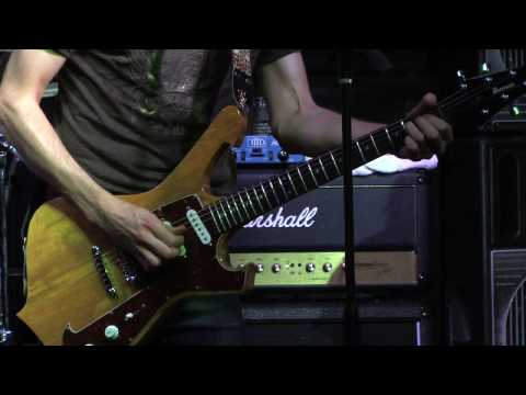 Paul Gilbert Plays Muddy Waters Got My Mojo Working :Guitar Center Sessions