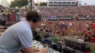 Martin Solveig live at Tomorrowland 2012 HD (FULL PART)