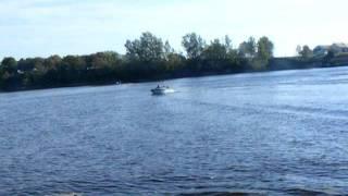 bateaux avec moteur 50 hp
